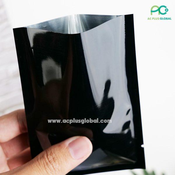 ซองซีล 3 ด้าน เนื้อพลาสติกเงา สีดำ [100ใบ]