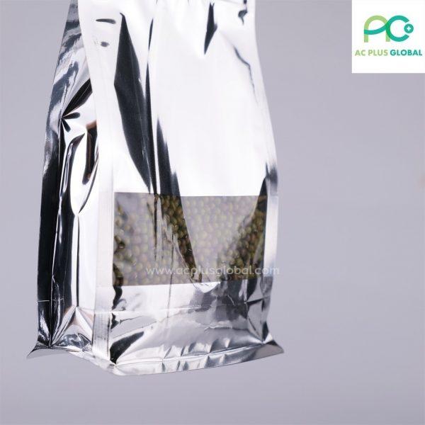 ถุงซิปล็อค สีเงินเจาะหน้าต่าง พับข้าง มีฐาน ตั้งได้ (50 ชิ้น)