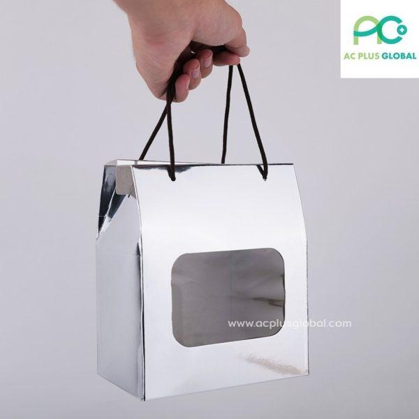 กล่องกระดาษ มีหน้าต่างใส พร้อมเชือก สีเงิน กล่องใส่คุกกี้ กล่องขนม (แพค10ใบ)